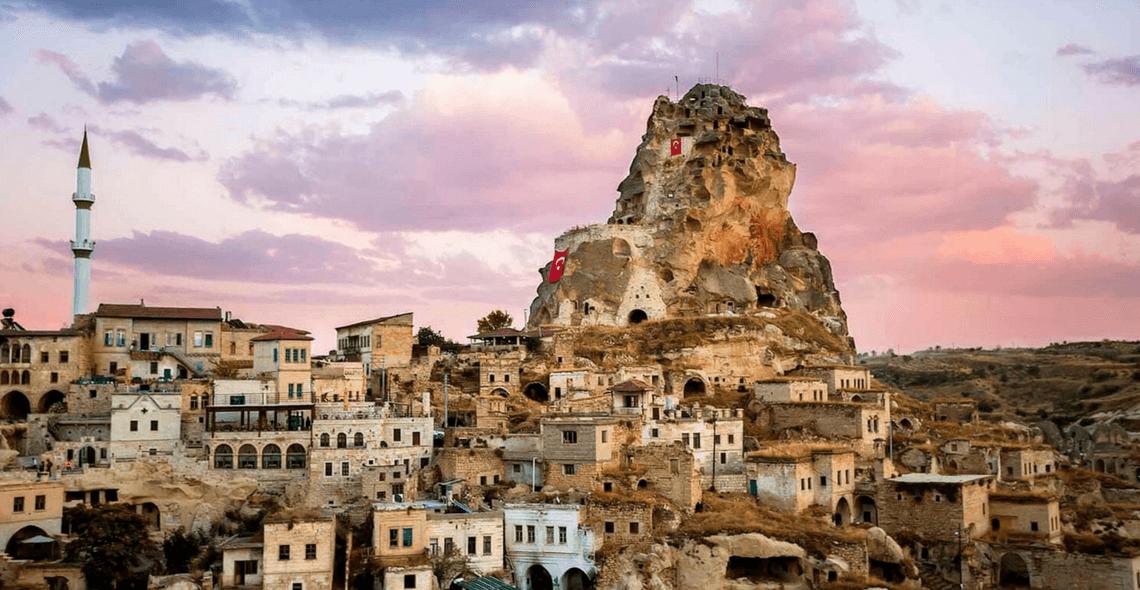 Fortaleza Natural de Ortahisar - Capadócia - Turquia